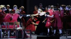 G. Donizetti: Favoritka