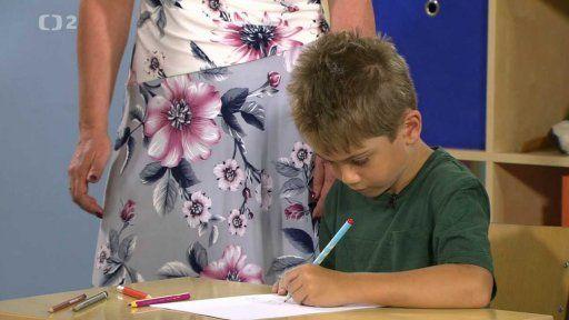 Jak správně držet tužku a procvičit ruku